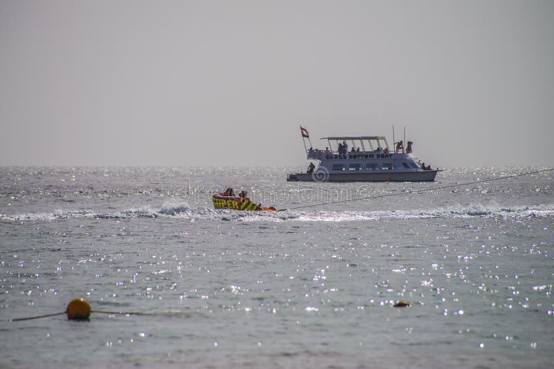 在纳马海湾的乐趣 库存照片