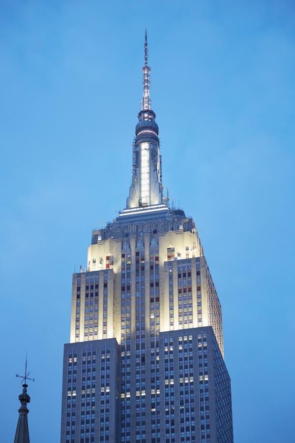 在纽约阐明的帝国大厦上部 库存照片
