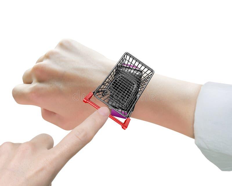 在线购物通过巧妙的手表 免版税库存照片