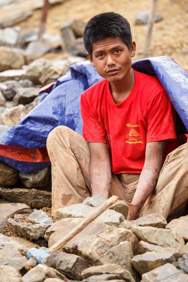 在缅甸水坝的建筑工作 图库摄影