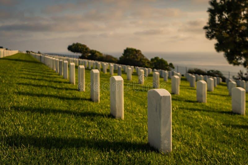 在罗斯克兰斯军事坟园的日落 免版税库存图片
