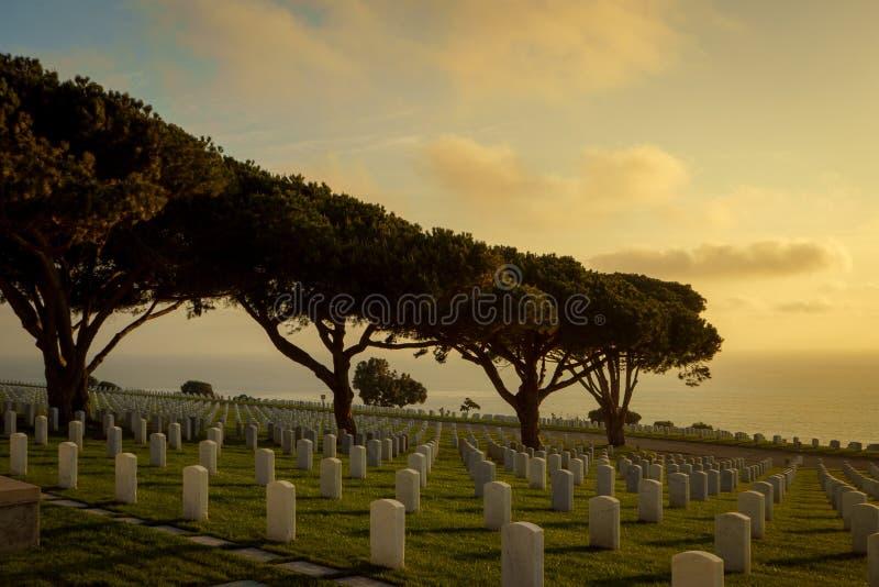 在罗斯克兰斯军事坟园的日落 免版税库存照片