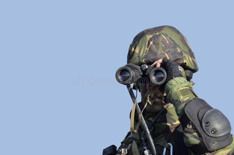 在罗马尼亚军事poligon的罗马尼亚军方 免版税库存照片
