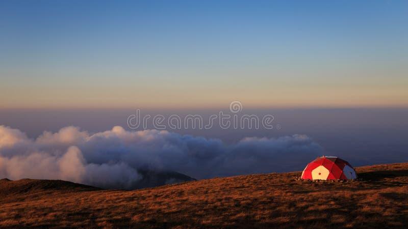 在罗马尼亚喀尔巴阡山脉的避难所 免版税库存照片