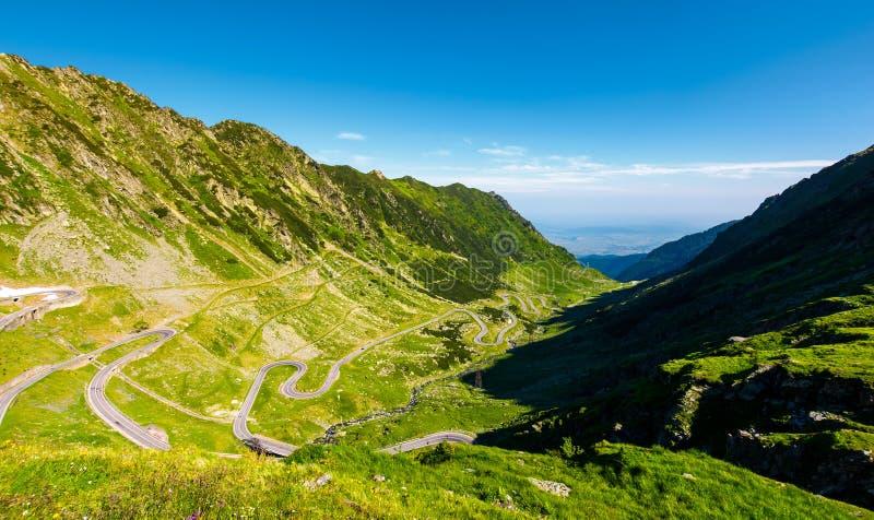 在罗马尼亚的山的Transfagarasan路 库存图片