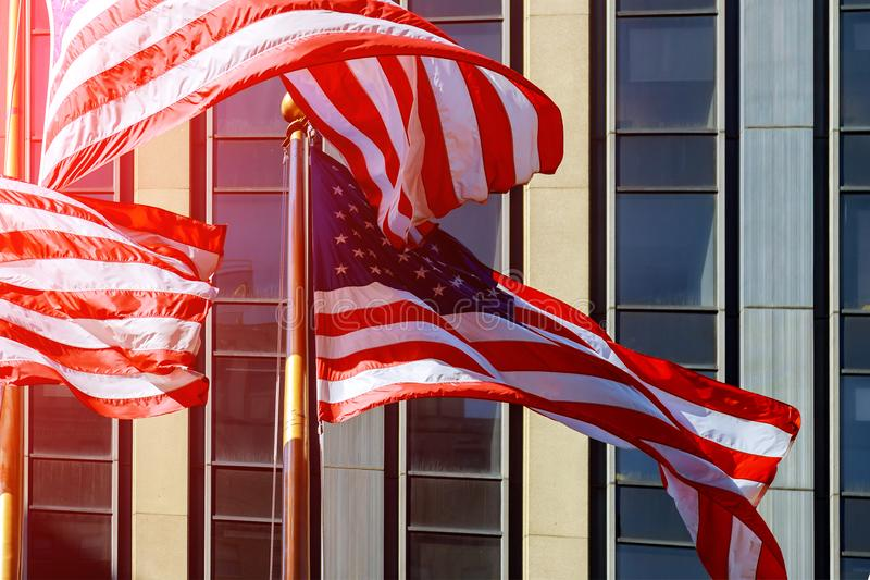 在美国独立日视图期间的美国国旗在曼哈顿-纽约NYC -美利坚合众国 库存照片