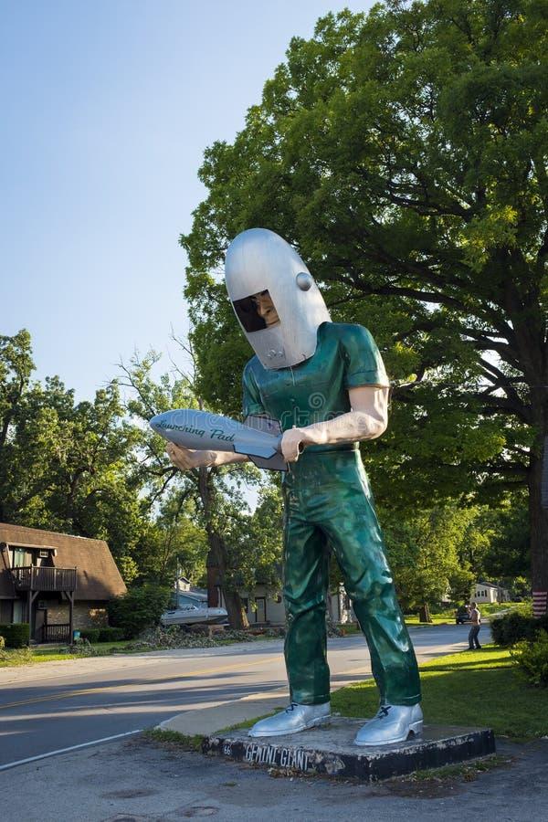 在美国路线66的双子星座大雕象在威明顿,伊利诺伊 免版税图库摄影