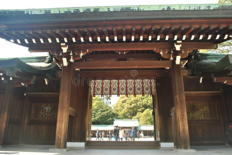 在美济礁津沽寺庙,东京,日本的主闸 库存照片