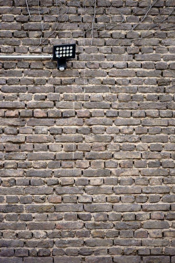 在老墙壁的壁灯 免版税库存图片