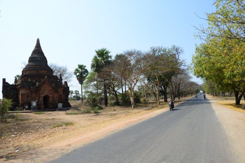 在老镇, Bagan的街道视图 免版税库存照片