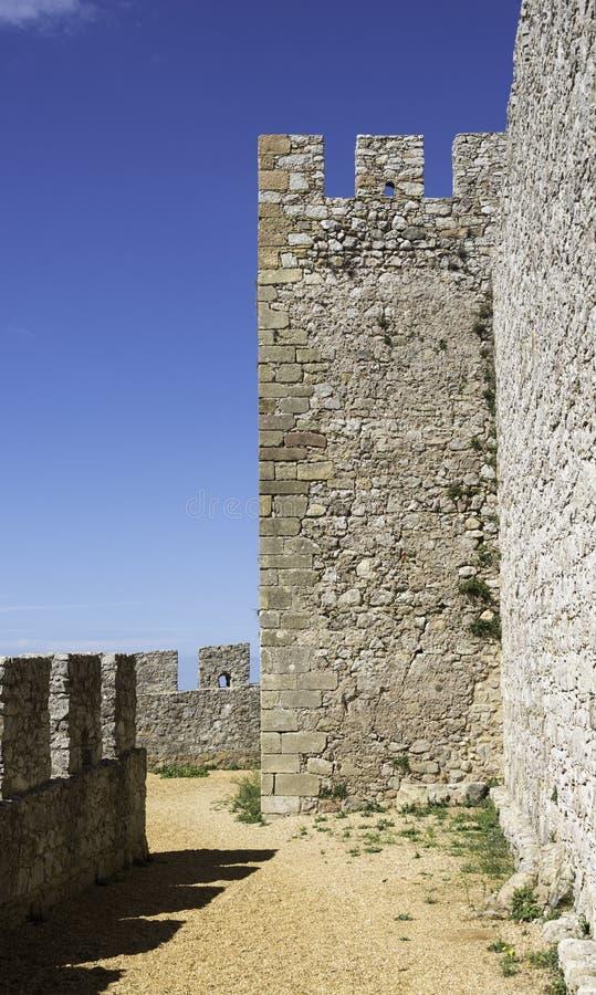 在老castel的城垛 免版税库存图片