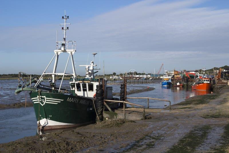 在老Leigh,艾塞克斯,英国的渔船 库存照片