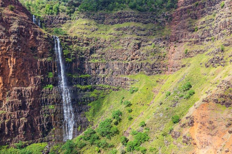 在考艾岛的瀑布 免版税库存照片