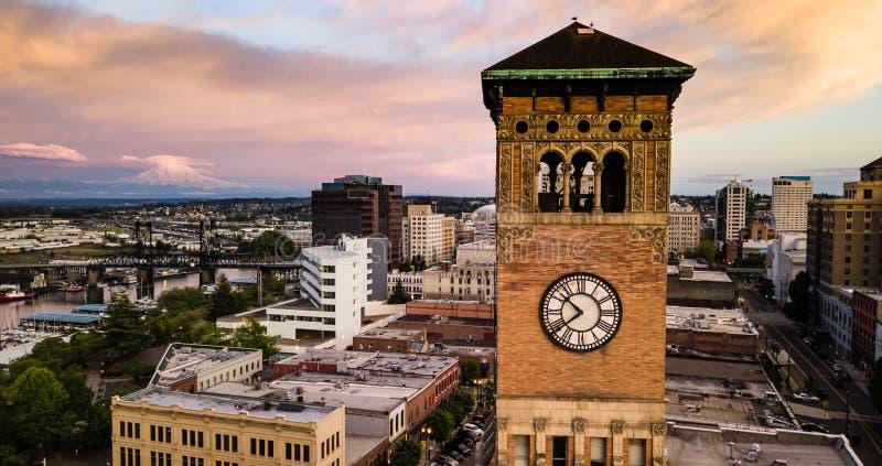 在耶路撒冷旧城霍尔Clocktower华盛顿州旁边的塔科马 免版税库存图片
