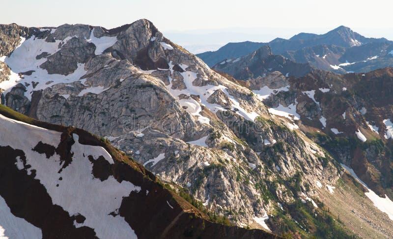 在耽溺于山的史诗风景, NE俄勒冈,美国 免版税库存照片