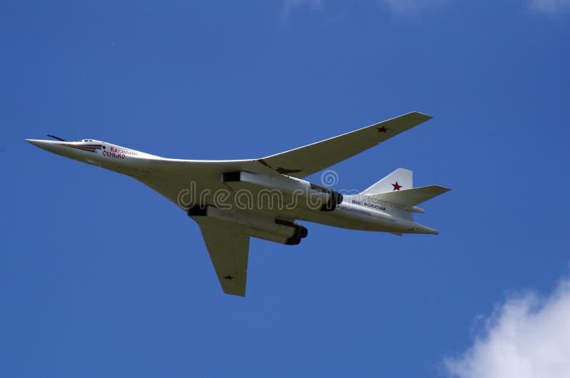 在胜利游行的飞机飞行,莫斯科 免版税库存照片