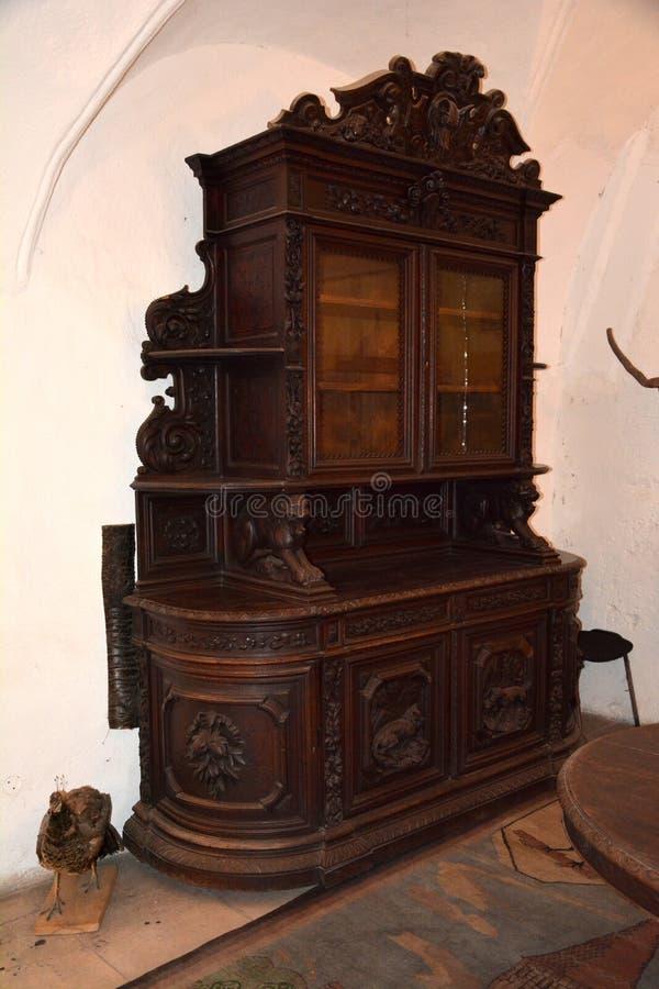 在胡内多阿拉城堡的家具,称Corvin城堡在Transilvania 免版税库存图片