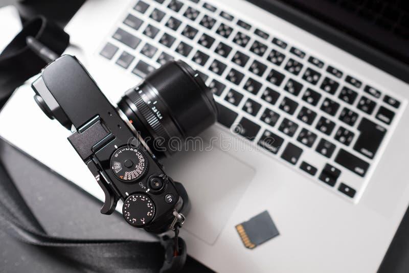 在膝上型计算机的照相机 免版税图库摄影