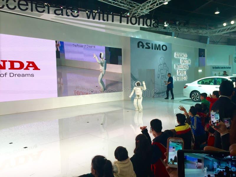 在自动商展的ASIMO机器人2016年在诺伊达,印度 图库摄影