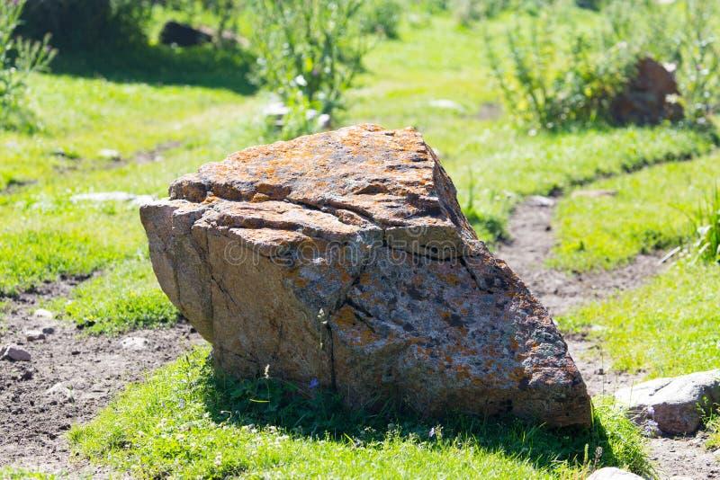 在自然的大山石头 库存照片