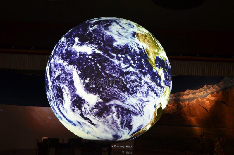 在自然科学国家博物馆,台中台湾接地地球模型 免版税库存照片