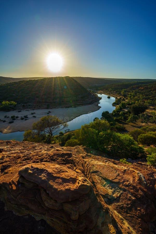 在自然窗口圈足迹,kalbarri国立公园,澳大利亚西部3的太阳 库存图片