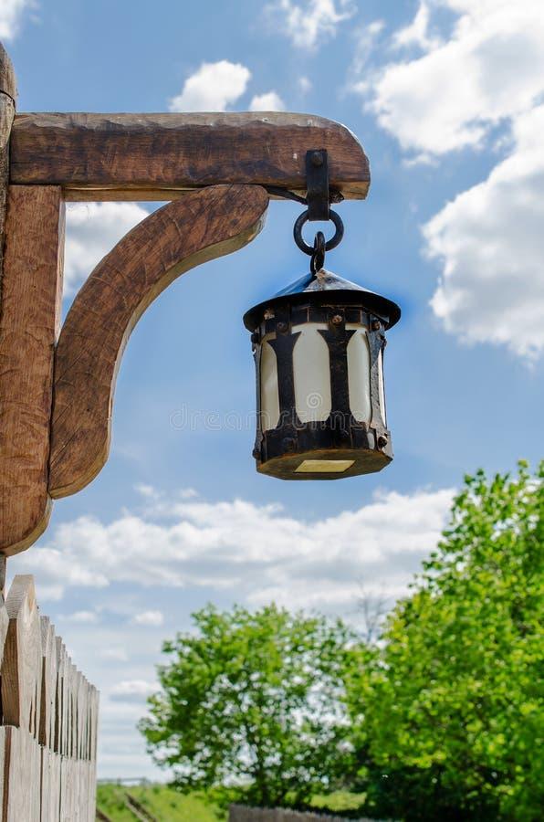 在自然背景的黑金属灯笼 免版税图库摄影