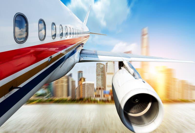 在航空器的上海 免版税库存照片