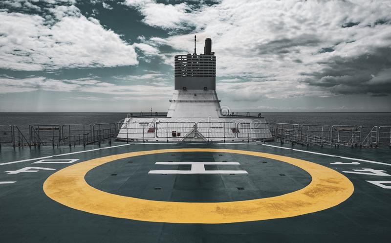 在船上的停机坪 免版税库存图片