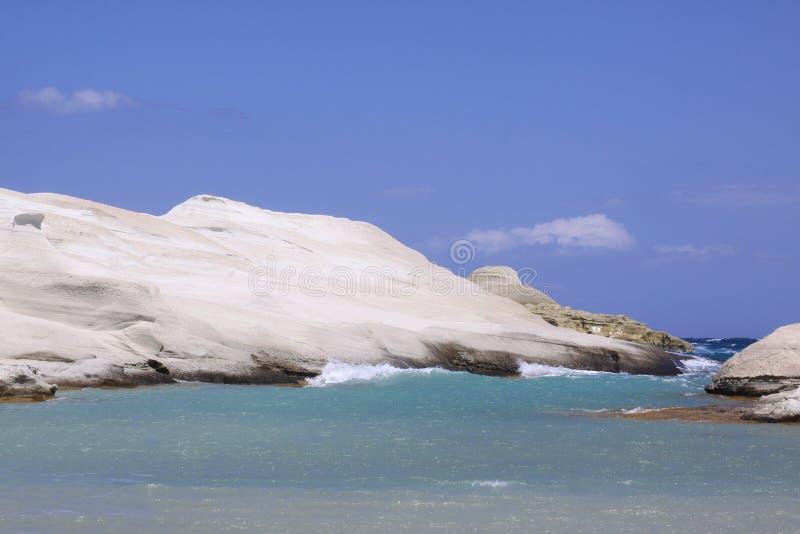 在芦粟海岛03上的Sarakiniko海滩 免版税库存照片