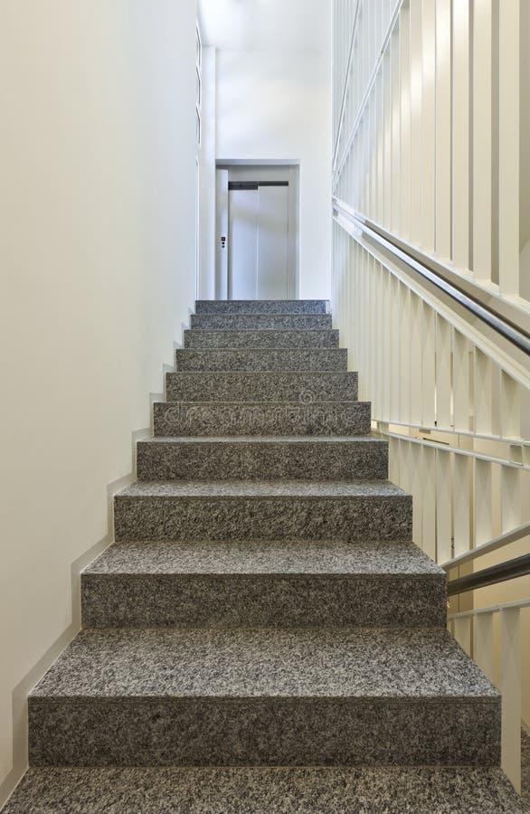在花岗岩的楼梯 免版税图库摄影