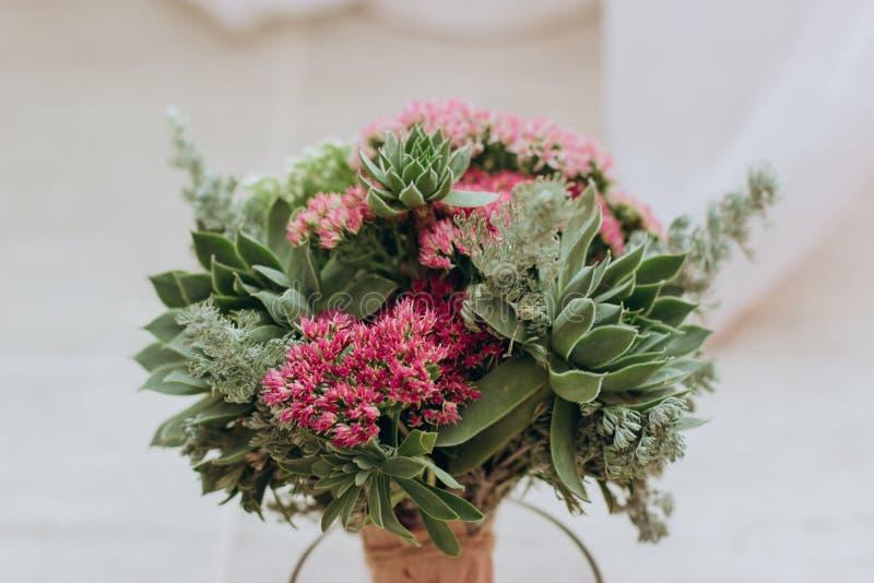 在花瓶的花束 库存图片