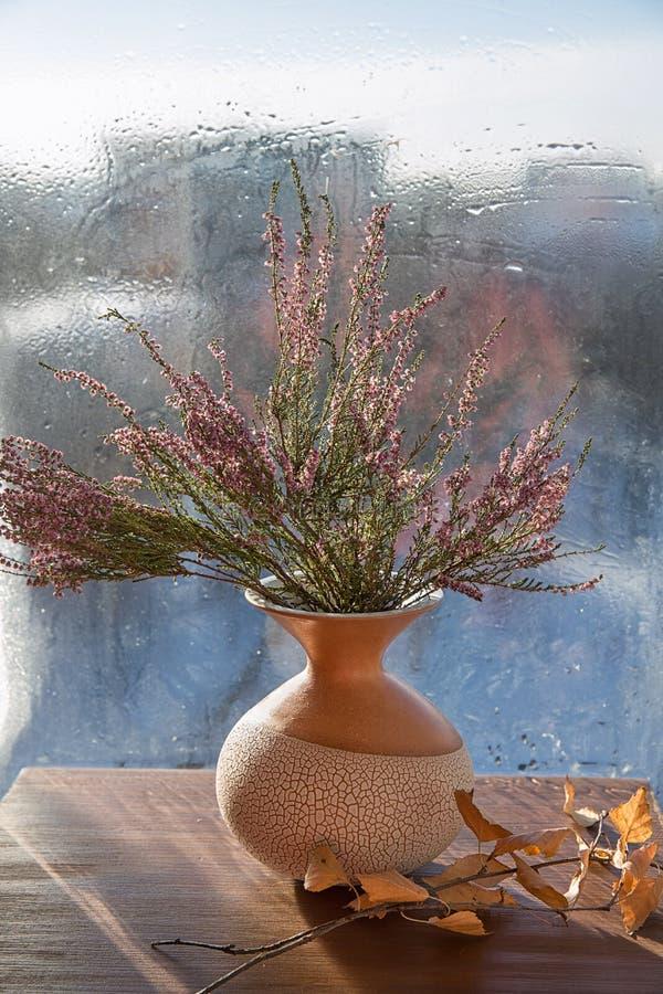 在花瓶的花束 库存照片