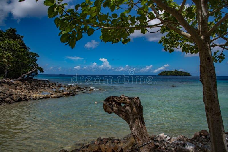 在苏门答腊海的美丽的景色  库存照片