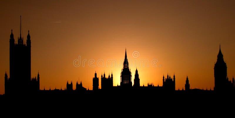 在英国之后伦敦锐化日落威斯敏斯特 免版税图库摄影