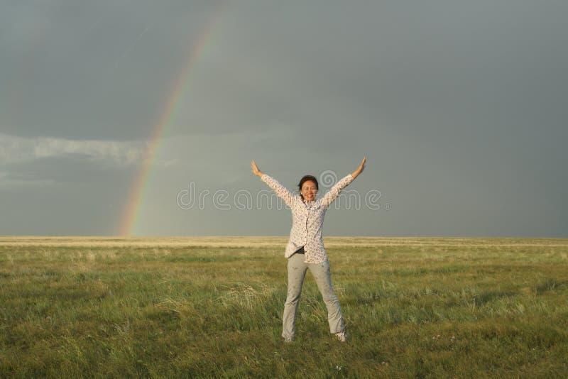 在草原的彩虹 免版税图库摄影