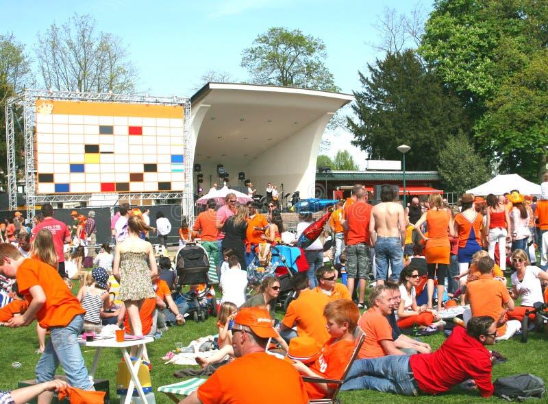 在荷兰、桔子和音乐音乐会的Kingsday 免版税库存照片