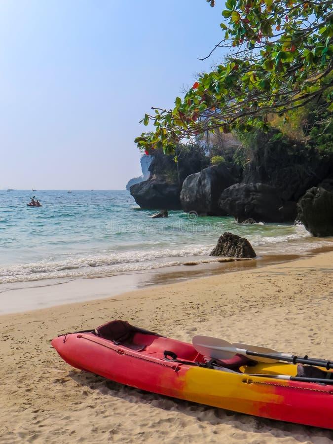 在莱莉海滩的划艇 免版税库存照片