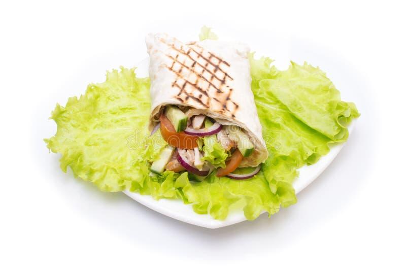在莴苣的Shawarmas隔绝了白色背景 免版税库存照片
