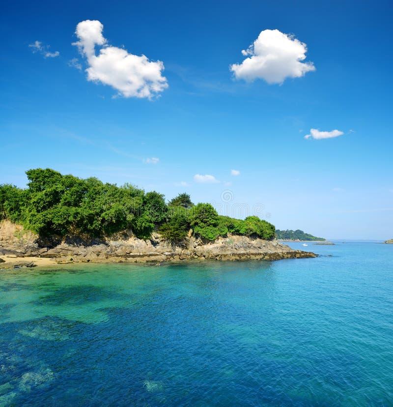 在菲尼斯泰尔省的部门的杜阿尔纳纳海湾 免版税库存图片