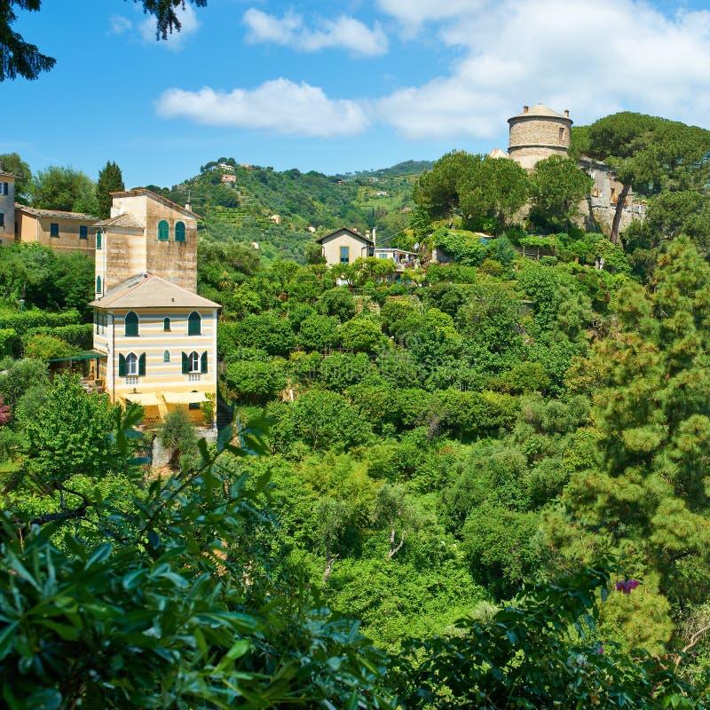 在Portofino村庄附近的Castello布朗 库存照片