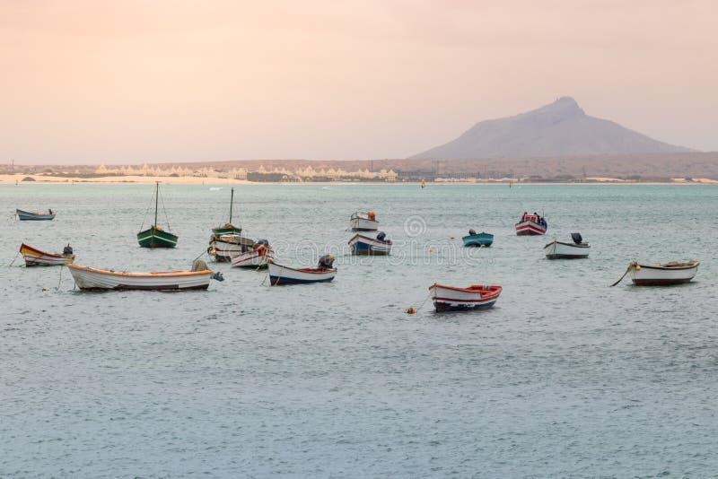 在萨尔雷港口的渔船  库存图片