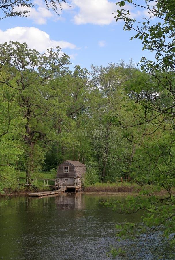 在萨德伯里河的小船码头在分钟人全国历史公园 库存图片