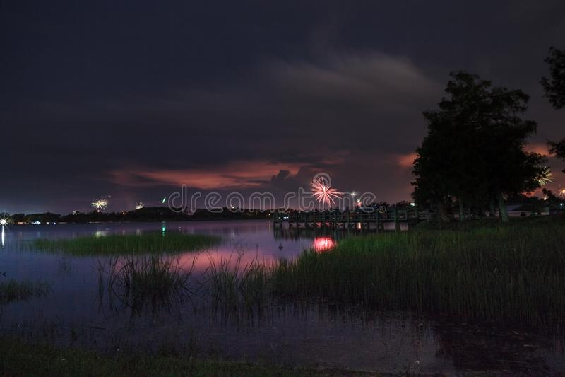 在萨格登地方公园的日落在那不勒斯,佛罗里达 免版税库存照片