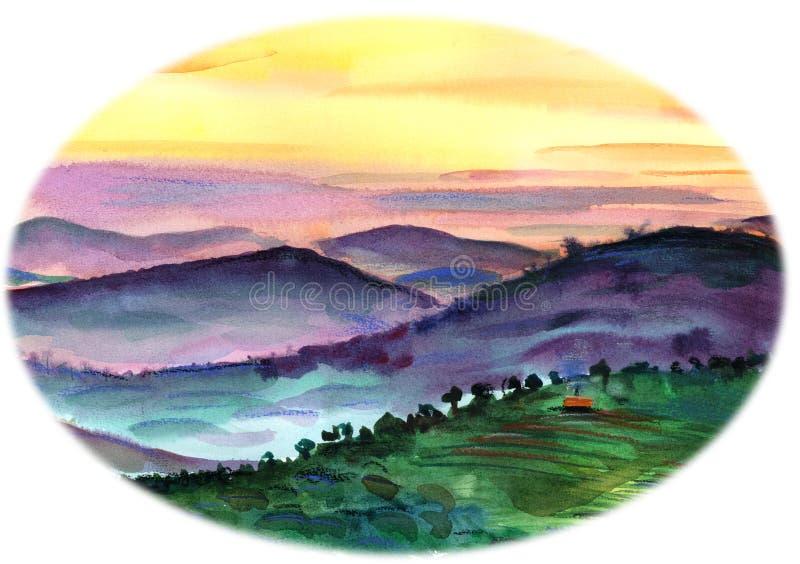 在落日的光芒的绿色和紫色小山 皇族释放例证