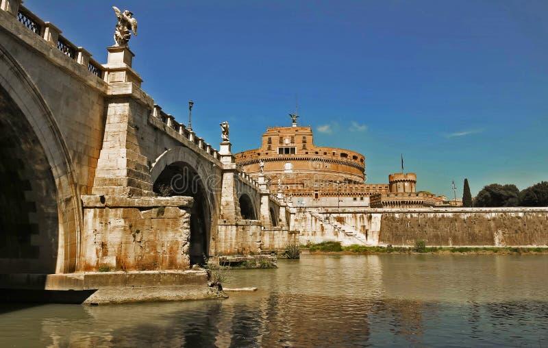 在著名圣徒天使城堡罗马,意大利的看法 免版税库存照片