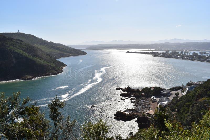 在著名Knysna的美好的自然在Knysna朝向在南非 免版税图库摄影