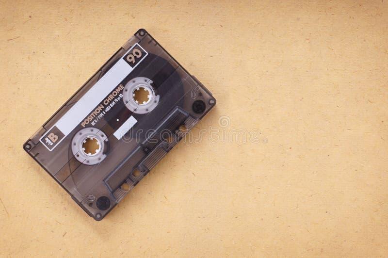 在葡萄酒纸的卡式磁带 库存照片