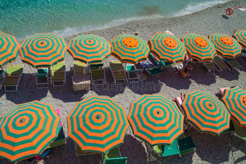 在蒙泰罗索阿尔马雷海滩的休闲 库存图片