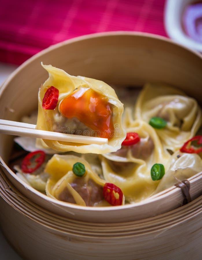 在蒸汽的中国食物 免版税库存照片